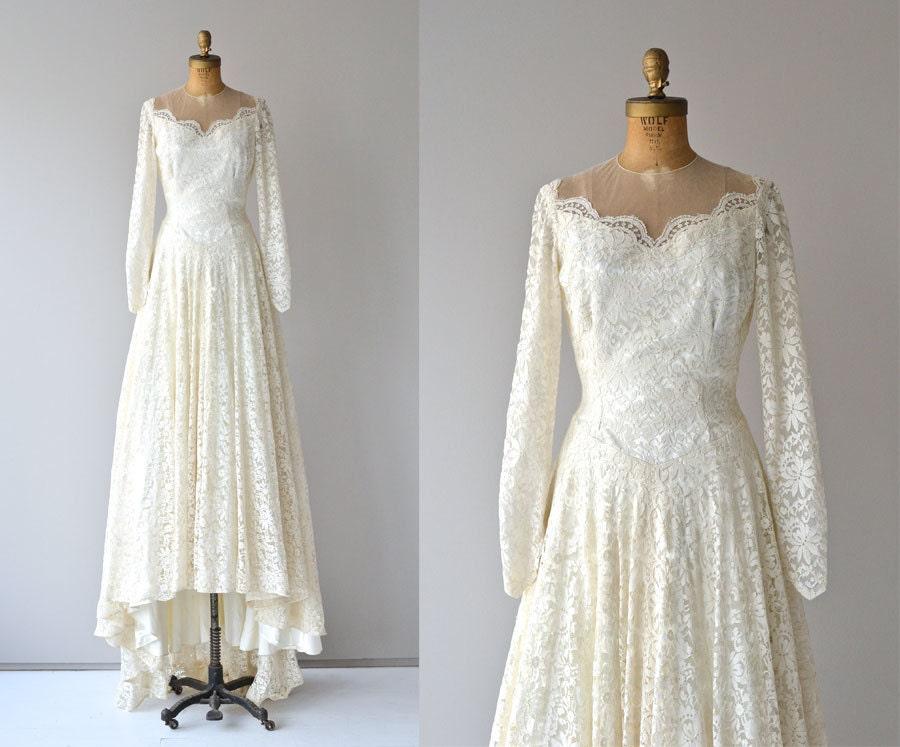 Tolle Jahrgang Weiße Brautkleid Zeitgenössisch - Brautkleider Ideen ...