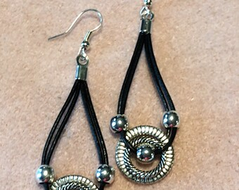 Leather Drop earrings, Black