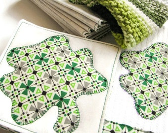 St. Patrick's Day Party Bar Set, 14 Piece Irish Gift Set, Quilted Coasters, Appliqued Napkins, Shamrock Set, Irish Gifts, Bar Accessories
