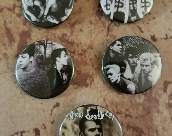 Various pinback buttons