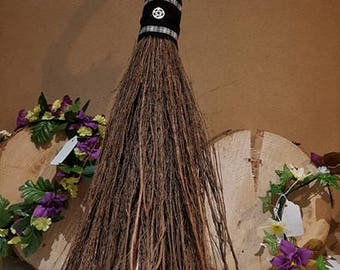 Medium Alter Broom Besom