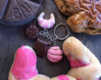 Polymer Clay Pan Dulce con Chocolate Key Chain