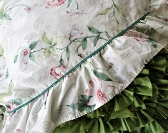 Vintage Springmaid Flat Sheet and Pillowcase, Queen Size, Ruffled Edge, Floral, Cottage