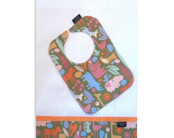 Zoo Safari Bib and Burp Cloth Set, Gift Set, Unisex Baby Gift
