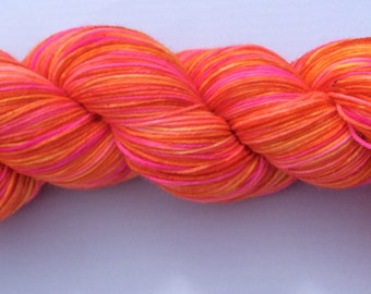 Juicy - hand dyed yarn 3.5 oz 437 yds