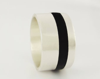 Ring silver and ebony (12mm) wood - land