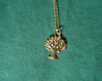 Small tree of life necklace