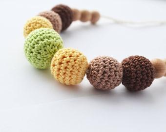 Crocheted breastfeeding necklace Green yellow brown Teething Necklace Wooden Nursing necklace crochet teecher babywearing nursing jewerly