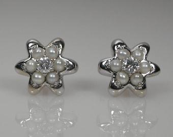 Flower Diamond & Cultured Pearls Stud Earrings 18k White Gold