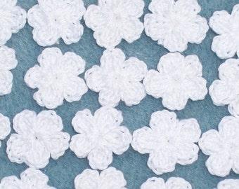 20 white cotton thread crochet applique flowers -- 1728