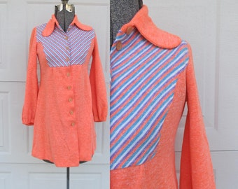 1970s womens bright coral tunic with dog ear collar, women's blouse/top, coral, lilac, blue