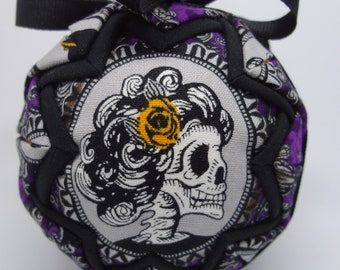 Quilted Fabric Ornament Victorian Dia de los Muertos Day of the Dead Skull Halloween