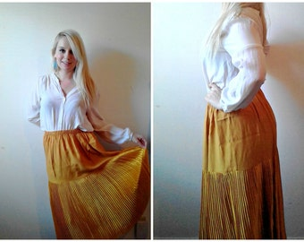 VIntage 60's / Early 70's Antique Dark Gold Mustard Half Pleated Midi Skirt, Size XL. Satin Shiny Material. Mod Posh Fall Style Skirt.
