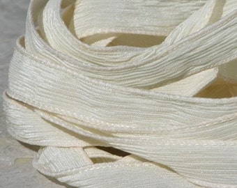 IVORY Silk Strings, Hand Dyed Silk Ribbons Qty 5 Crinkle Silk Strings Necklace Bracelet Creme Off White Craft Jewelry Making Ribbon