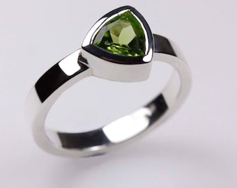 Trillion Cut Peridot Ring ~ Sterling Silver