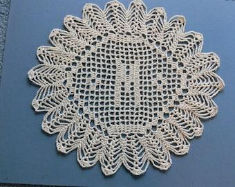 Personnalisé au crochet napperons initiales « M »