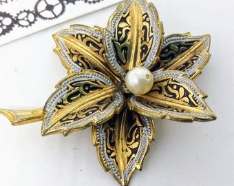 Vintage, Damascene, Toledo, flower pin, vintage pin, vintage Damascene pin, Damascene pin,  wedding jewelry, wedding pin, flower brooch, pin