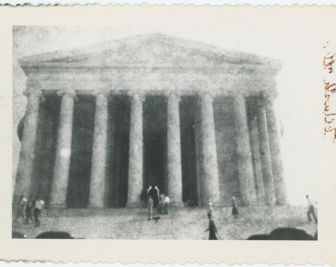 Vintage Snapshot Photo: Jefferson Memorial, 1951 [83659]
