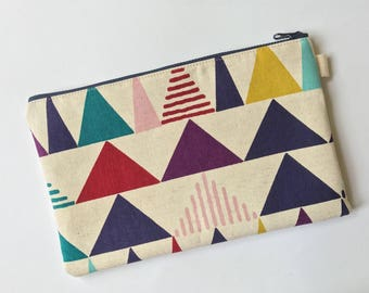 Fabric clutch, pouch, pencil pouch, makeup pouch. Extra large, triangles, geometric shapes, zipper pouch. Japanese fabric. Triangle pouch.