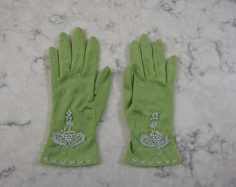"Vintage 1950's Light Olive Green Wrist Length Stretch Nylon Beaded 9"" Gloves --Size 5 to 6 --Auction #3007-0817"