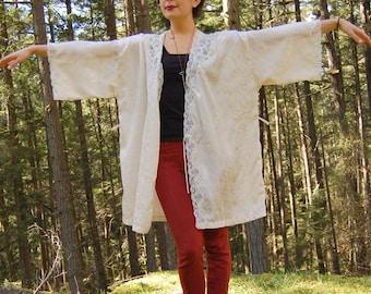 Vintage Cream Lace KIMONO DUSTER JACKET One Size