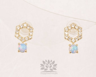 E317-G-BU / / hexagone cubique plaqué or avec boucle d'oreille de poteau d'argent 3mm bleu opale, 1paire