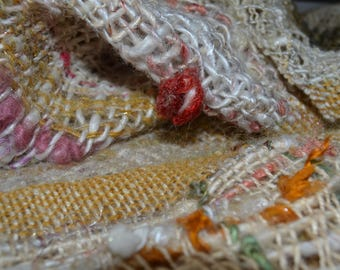 """Handwoven wool scarf """" boucle d'or """""""