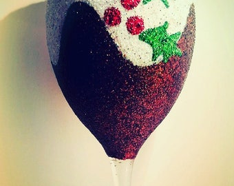 Christmas pudding glitter glass