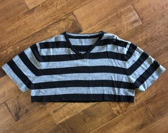 Black/Gray Striped V-Neck Short Sleeve Cropped Sweater