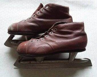 Vintage Ice Hockey Leather Boys Brown USSR Skates Equipment Soviet skating Hockey Sports Decor Men's ice skating