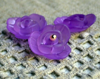 50pcs Frosted Lucite Acrylic Beads Flower Rose Acrylic 21x8mm Violet