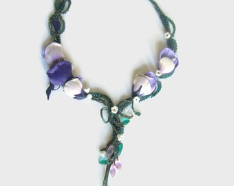 White purple Flowers Necklace, Beaded Necklace, Glass Flowers Necklace, Gift for Women, Art Beadwork Necklace, Statement Necklace