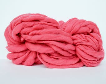 Hand Spun Yarn ,Thick and Thin Yarn,  Super Chunky Yarn,  Fine Merino Wool Yarn, Bulky Yarn, TTY , Begonia Color Yarn