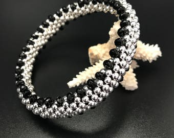 Sterling silver and onyx bead crochet bracelet