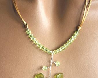 Plant lemon green necklace