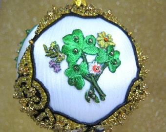 225 CB Celtic Spring Beaded Ornament