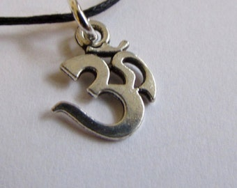 Om Ohm Aum Charm On Wax Cord Yoga Jewellery Adjustable Unisex Free UK Shipping + Gift Bag CH2