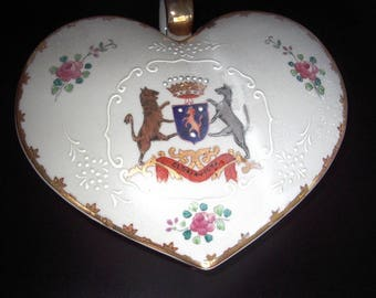 Candy Box Lowestauf Heart Design 1940's Occupied Japan Item #458 Collectibles