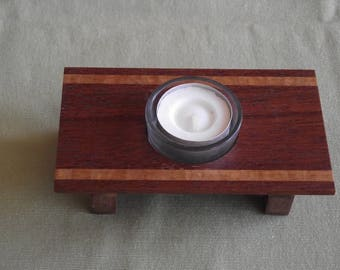 Tea light candle holder or table centre piece