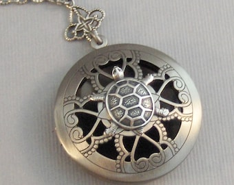 Scented Turtle,Locket,Silver,Apothecary,Turtle Locket,Silver Turtle,Trutle,Turtle Necklace,Antique Locket,Jewelry.Scent Locket,Diffuser,Oil