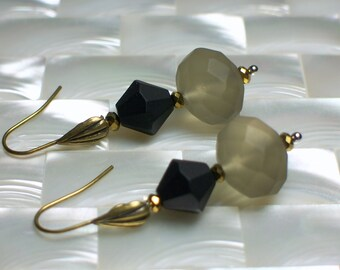 Beaded Matte Frosted Glass Earrings Moss Green Black Antiqued Gold Drop Crystal Earrings Fashion Jewelry Jewellery