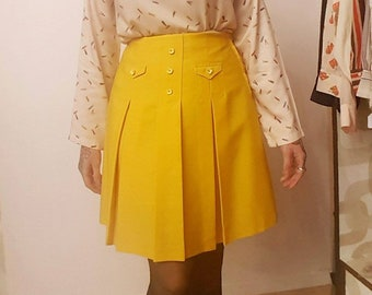 Vintage Mustard skirt with buttons