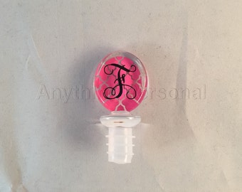 Personalized Gift, Monogrammed Gift, Acrylic Wine Stopper, Quatrefoil Stopper, Monogrammed Wine, Wine Stopper, Wine Accessory, Hostess Gift