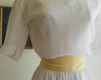 """1915, 38"""" bust, white cotton viole blouse"""