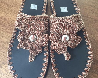 Crochet Flip flops with rubber soles - yarn two colors