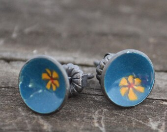 wildflower enameled mini post earrings
