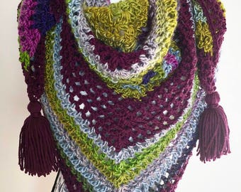 Triangle Crochet Scarf/Shawl Super Soft || Super Soft triangle shawl||Multicolour Shawl WithTassels||Tasseled Triangle Scarf||Crochet Shawl