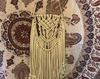 Small Macrame with Hanging Knots
