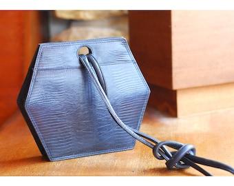 vintage dark blue leather geometric purse