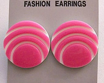 Pink Neon Sun Rising Disc Pierced Post Stud Earrings Silver Tone Vintage White Background Curved Accent Beams Round Lucite Buttons